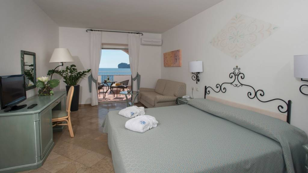 Hotel-El-Faro-Alghero-Camera-Junior-Suite-2021-stanza