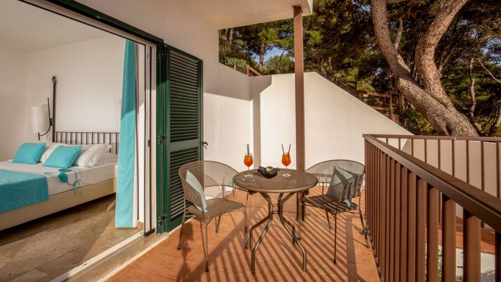 Hotel-El-Faro-Alghero-Family-Room-2021-Balcone-2