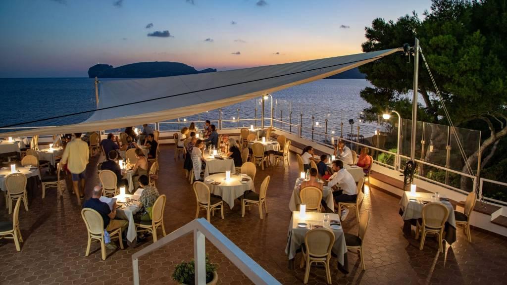Hotel-El-Faro-Alghero-Gallery-2021-ristorante-esterno-3
