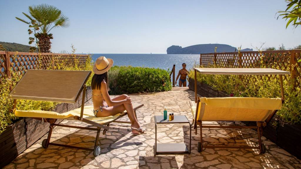 Hotel-El-Faro-Alghero-Sea-Garden-Deluxe-2021-camera-esterno-4