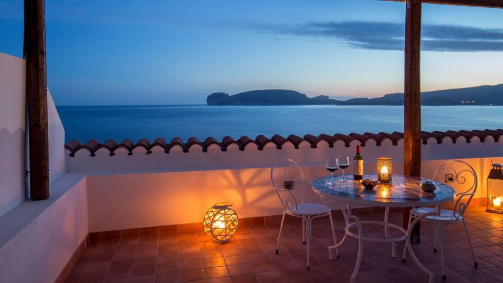 Hotel-El-Faro-Alghero-premier-deluxe-terrace-2021-balcone-2