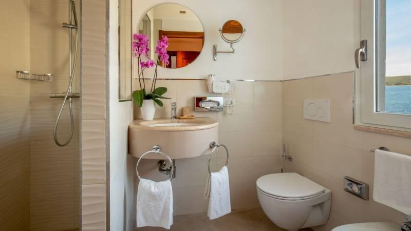 Hotel-El-Faro-Alghero-Camera-CLassic-2021-bagno