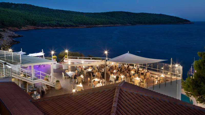 Hotel-El-Faro-Alghero-Matrimoni-e-Eventi-2021-tavoli-mare-2