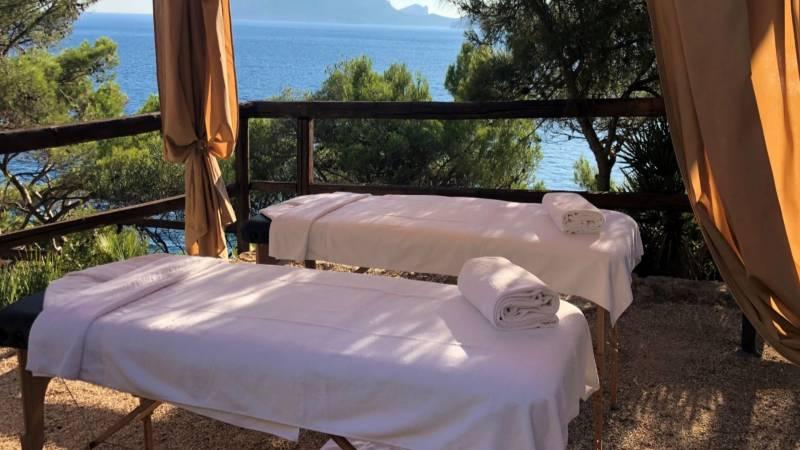 el-faro-alghero-massaggi-pacchetti-mare-outdoor-massage